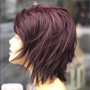 Accessories - Short wispy layers bob Lacefront wig red wine 2020